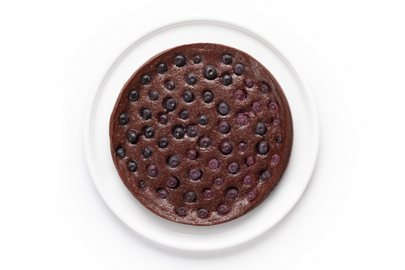 Čokoládové brownie s čerstvým ovocím