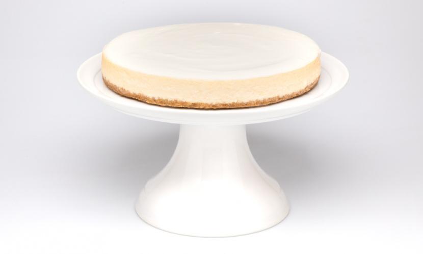 Vanilkový cheesecake s čerstvým ovocím vo vnútri