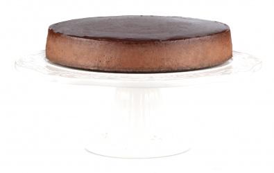 Čokoládovo-slivkový cheesecake so štipkou škorice