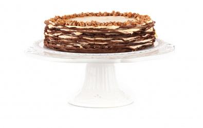 Crêpe Cake so slaným karamelom