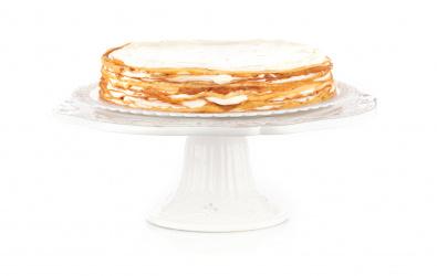 Vanilkový Crêpe Cake s tvarohovým krémom a čerstvým ovocím