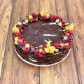 Kakaový Crêpe Cake s mascarpone krémom a čerstvým ovocím - 20-25 porcií